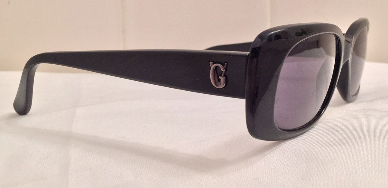 7afa8e7ccc5 Gianni Versace Iconic Sunglasses MOD 471 G COL. 852 Black Authentic Italy  VTG by