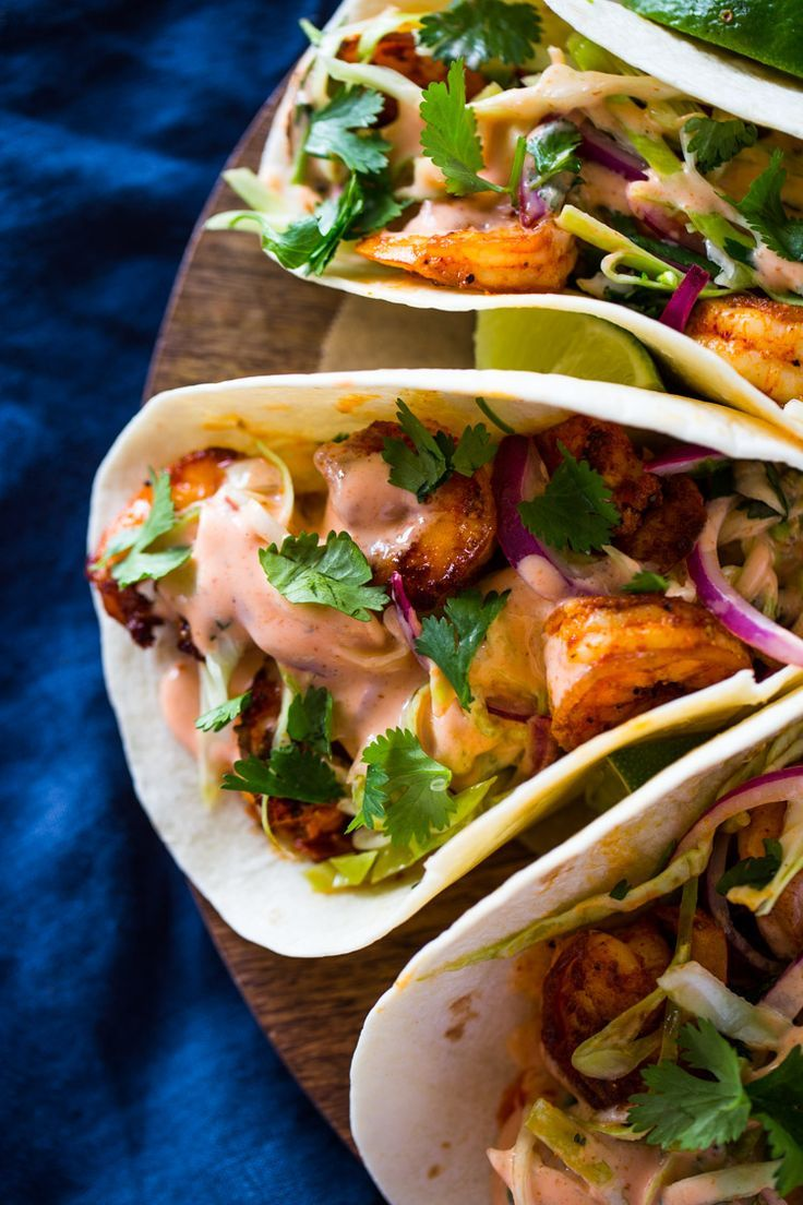 Spicy Shrimp Tacos with Cilantro Slaw and Sriracha Sauce #cilantrolimeslaw
