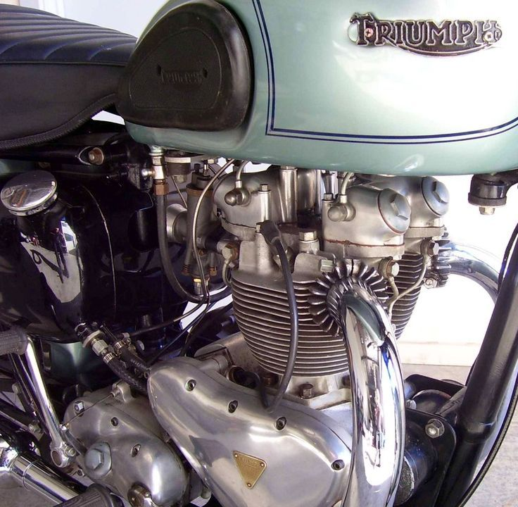 motorcycle engines Motorcycle engine, Triumph