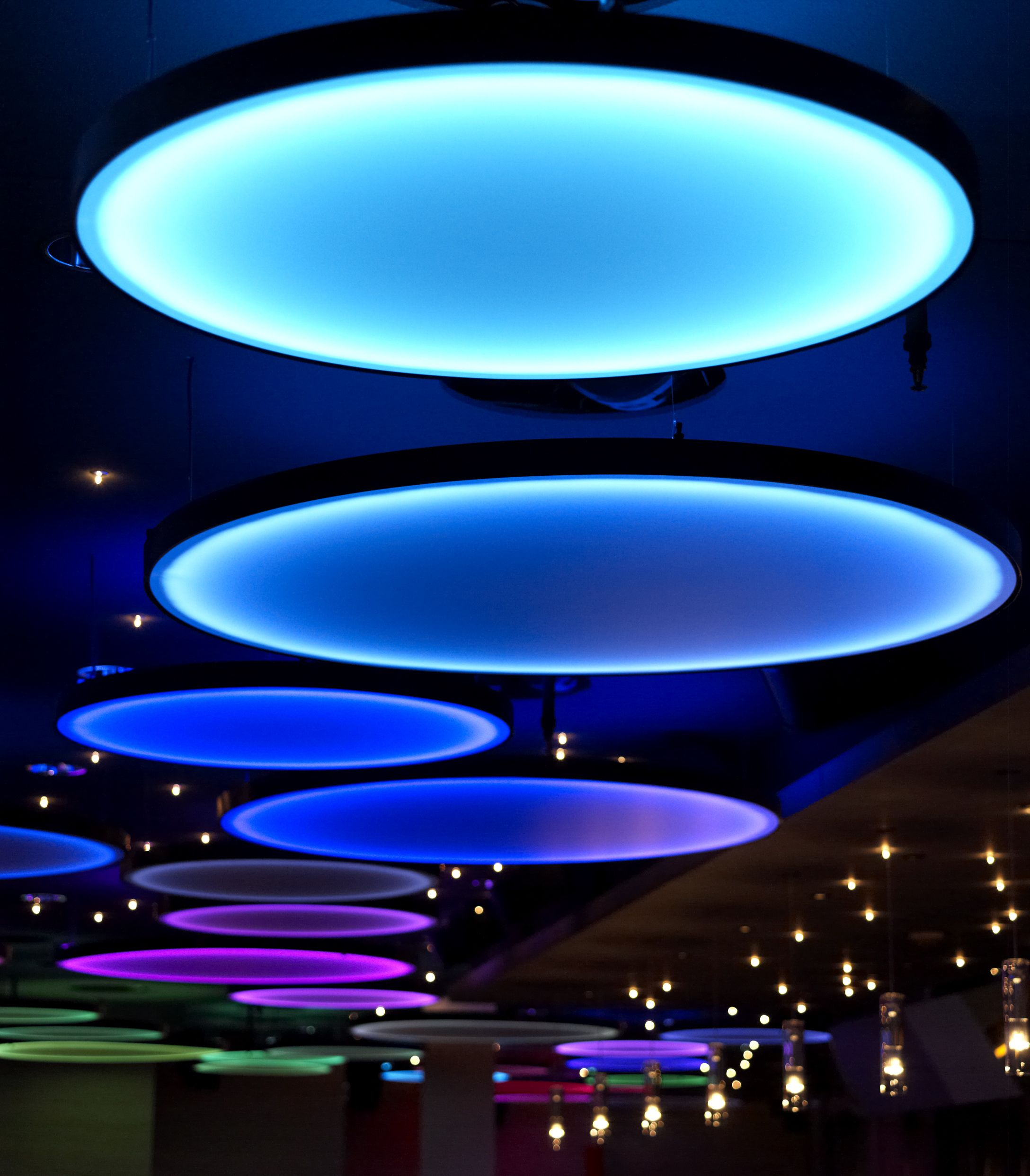 Led Lights Design: Galaxy Restaurant & Bar