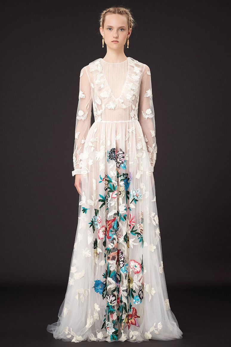 Look at the embroidery on this dress! Love so much.