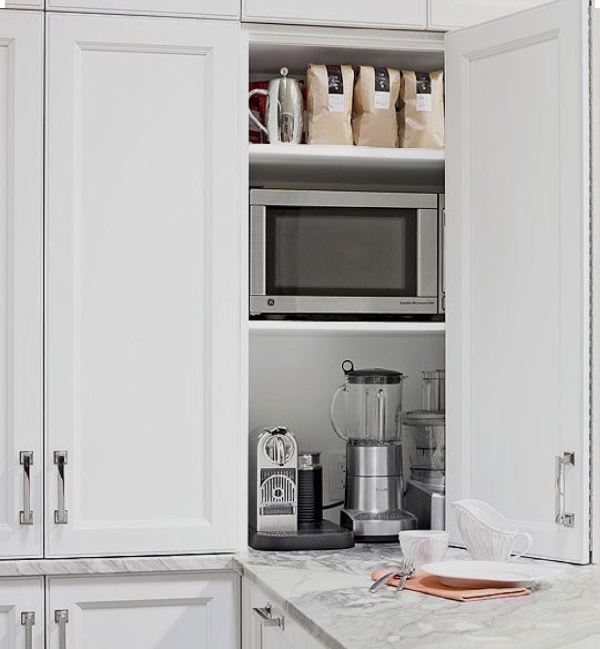 Pin Di Fma Interior Design Su Kitchen Storage Idee Per La Cucina Cucina Salvaspazio Cucinino
