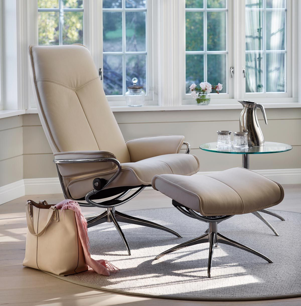 Achieve non stop comfort with a Stressless sofa, every seat ...
