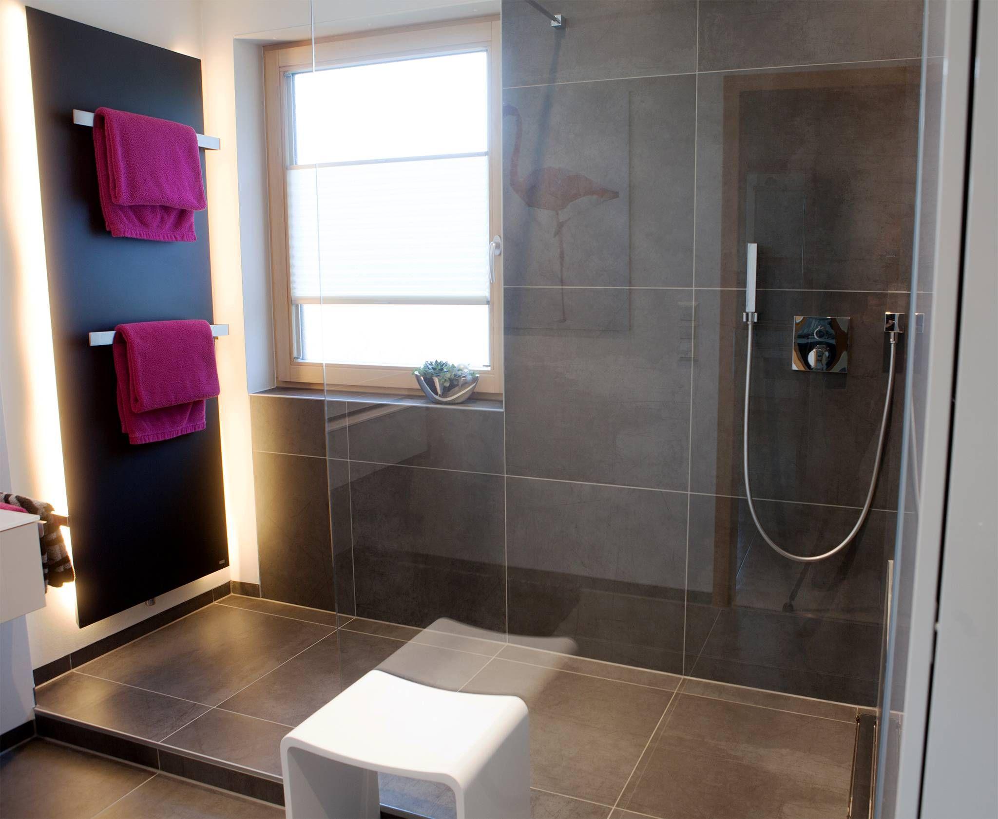 Große Dusche mit kleinem Podest | Badideen | Pinterest