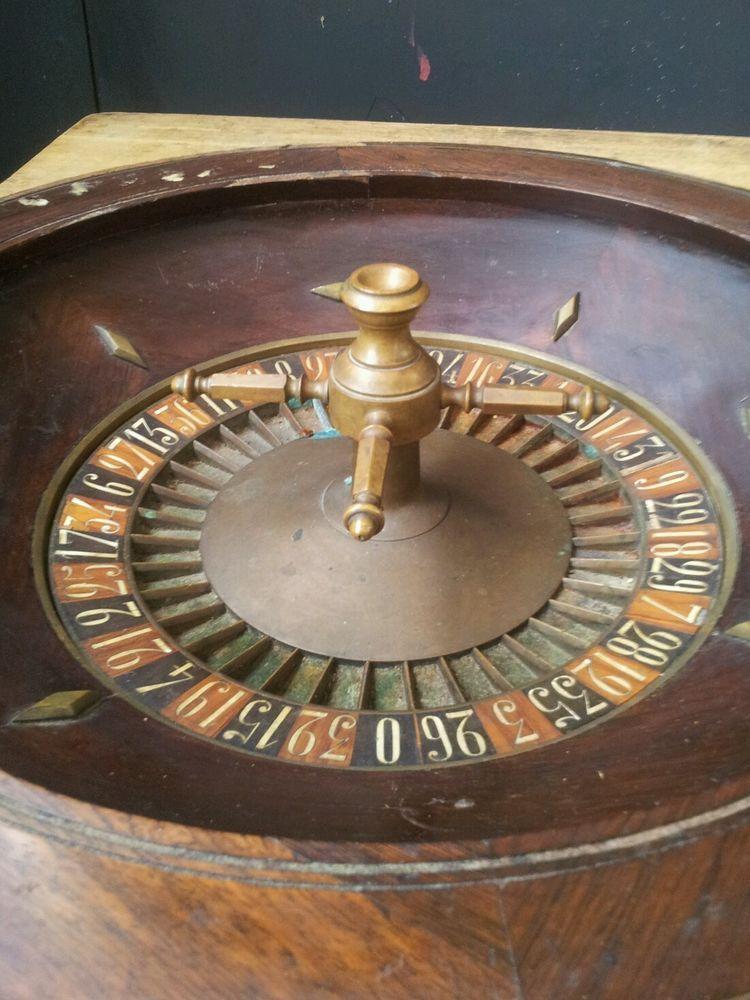 Antique roulette wheel Roulette wheel, Roulette, Casino
