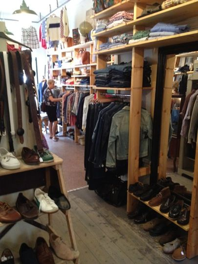 The most posh second hand clothing boutique in town (for men)?