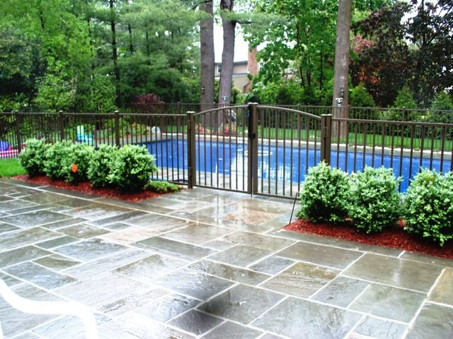 Aluminum pool fence aluminum fence pinterest fences for Pool fence designs