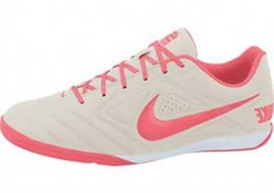 68e0b94eae2db Chuteiras Femininas para Futebol e Futsal  Fotos e Modelos