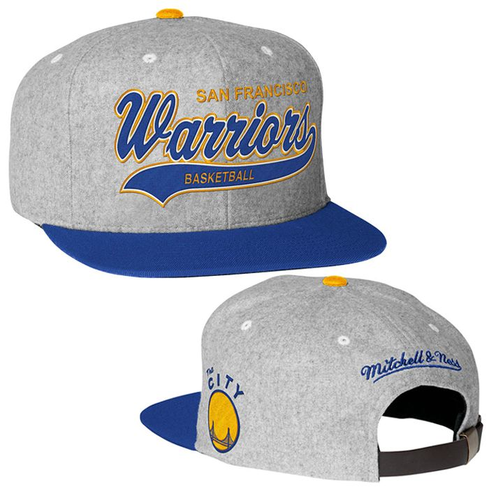 e53d1707bb2ad Golden State Warriors NBA  The City  Hardwood Classics Dark Tailsweeper  Melton Mitchell   Ness Strapback