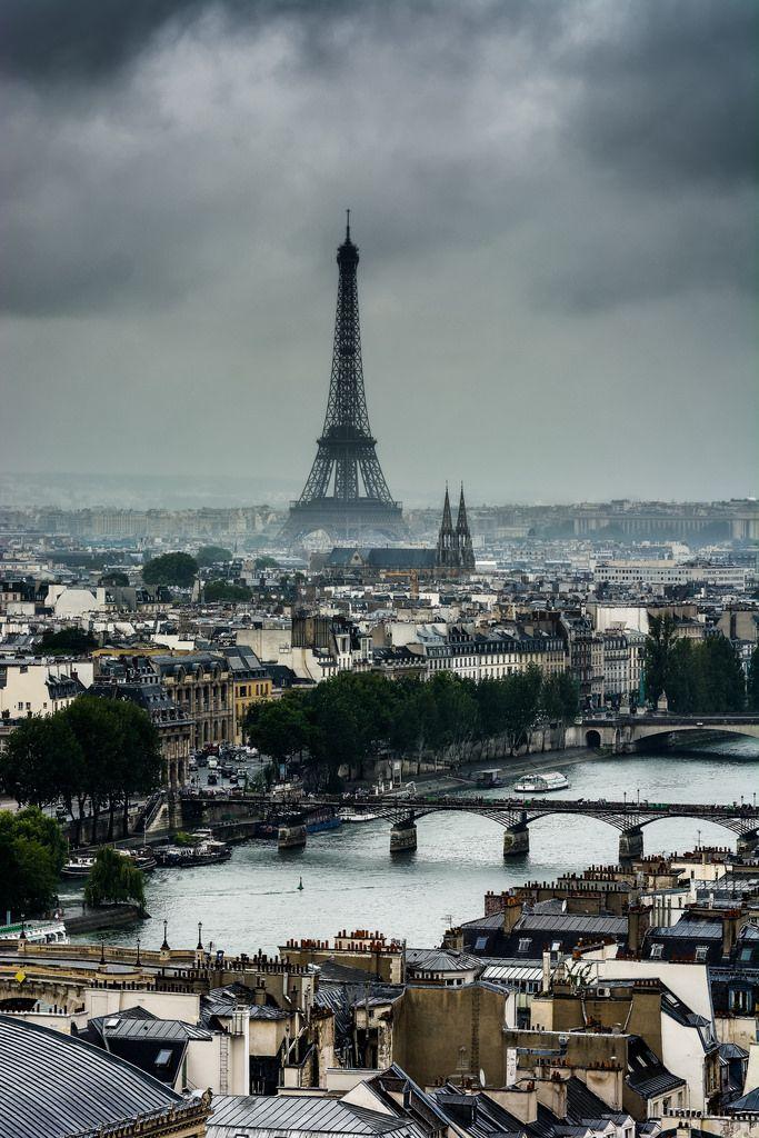 Clouds. Paris by Philippe D. Flickr Paris, Tour eiffel