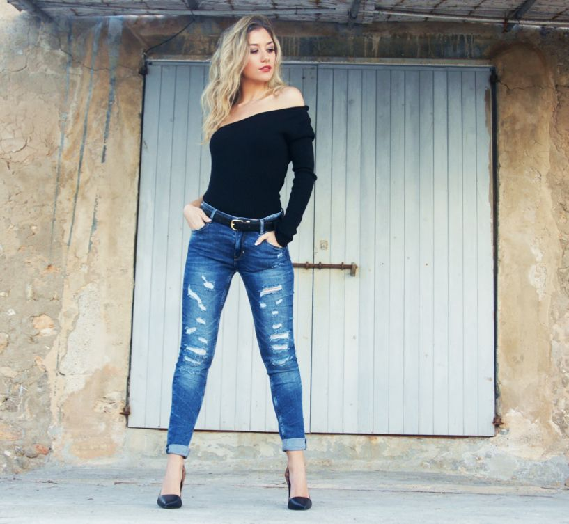 "Meet today Anita from the popular Fashion Blog ""Dress to Impress Ibiza"" at the monthly DressedIn Ibiza Blogger special: http://dressedin-ibiza.com/get-into-the-lady-classy-universe-of-dress-to-impress-ibiza-by-anita-moreno/"