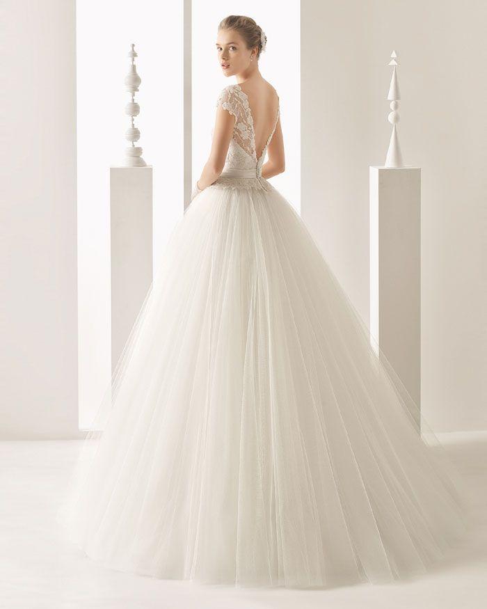 laura escanes: los detalles de sus dos impresionantes vestidos de