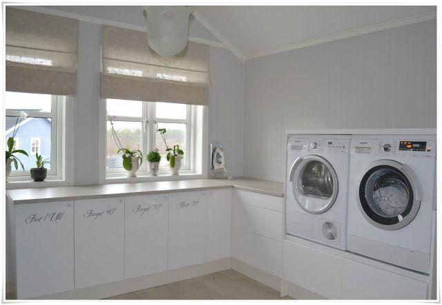Prima Tvättstuga, upphöjd tvättmaskin och torktumlare   Idéer för hemmet GO-14