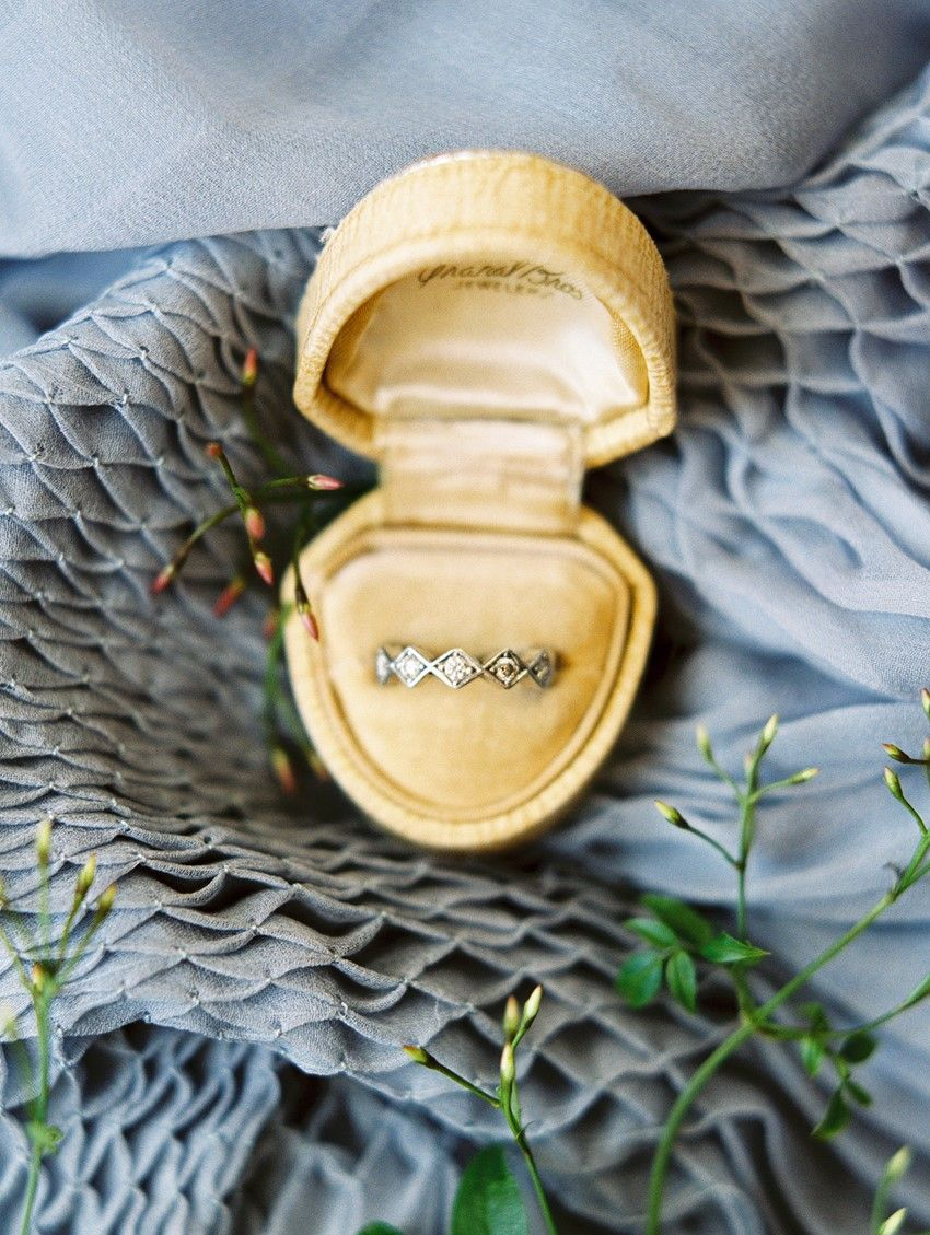 Vintage Wedding Ring in a Velvet Ring Box \\ Photography - Charla Storey
