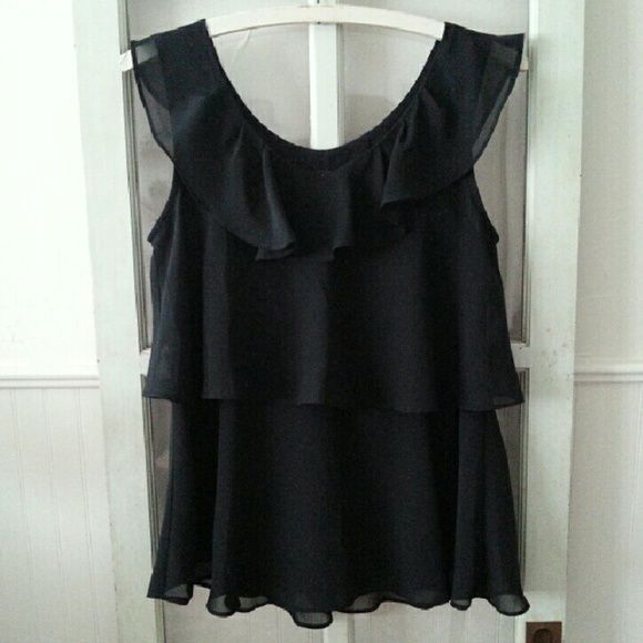 Mossimo chiffon black layered tank top blouse This layered tank is perfect for wearing tucked into skirts or paired with slacks. mossimo  Tops Tank Tops