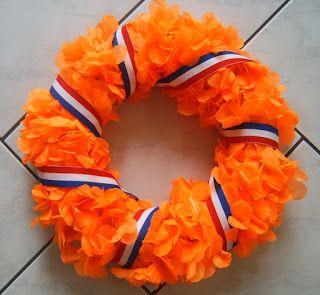 Handmade by Linda: A nice orange wreath
