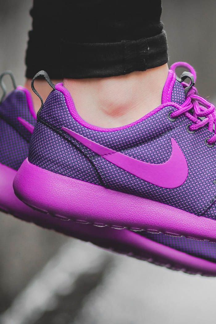 check out bcf51 948f1 Roshe One. #ladies #womens #style | N I K E | Sneakers nike ...