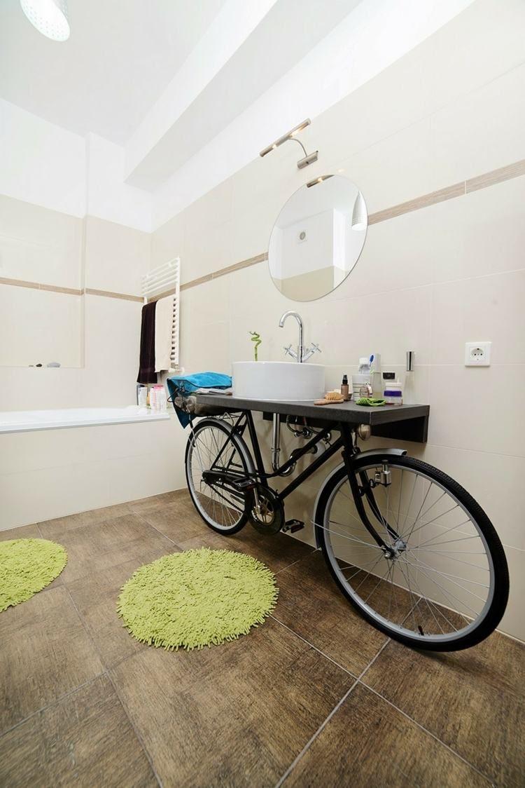 Le Bicyclette Et Sa Fonction Dappuyer La Planche Vasque Meuble Ambiance Deco