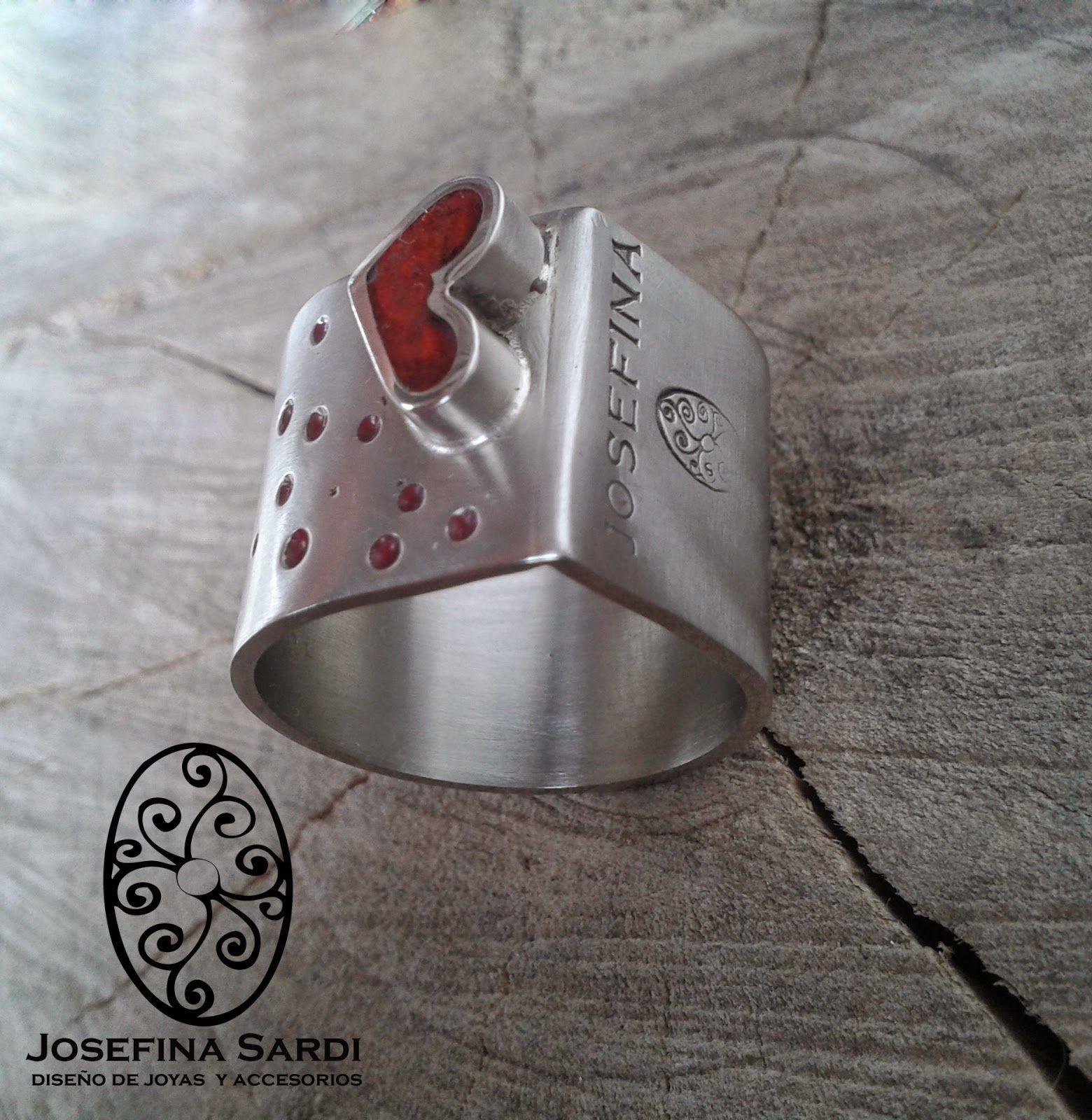 Josefina Sardi Diseño de Joyas y Accesorios: JOYERÍA URBANA