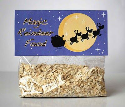 Magic Reindeer Food recipe + free printable.. i remember sprinkeling this when i was little... oh, the magic of christmas!  #reindeerfoodrecipe