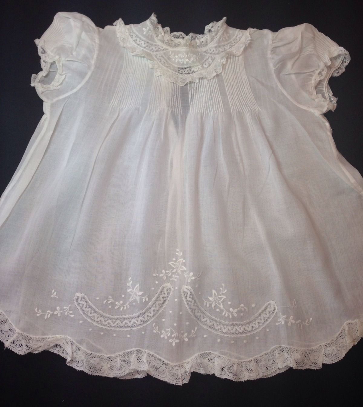 Feltman Bros Beautiful Vintage Baby Dress With Matching