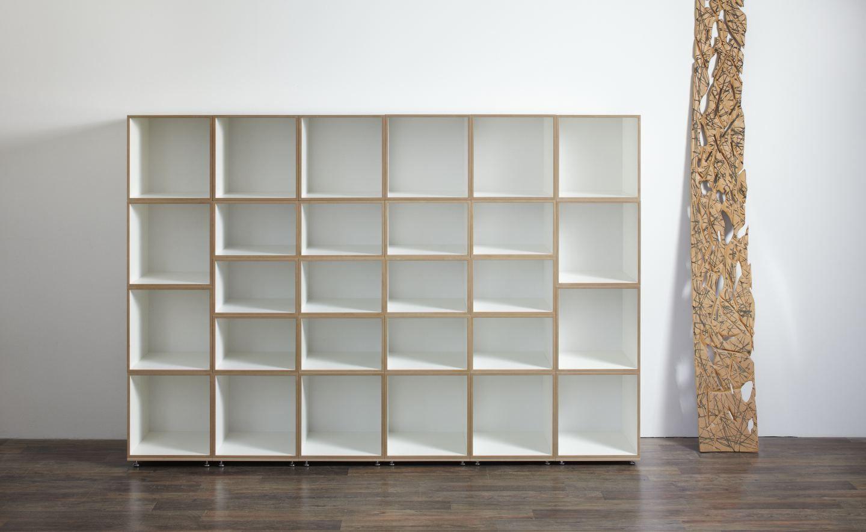 Unsichtbares bücherregal selber bauen  DVD-und Bücherregal | aufhängen | Pinterest | Dvd regal ...