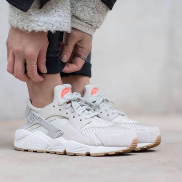 Nike Huarache Textile The Nike Air Huarache Women s Shoe features a  lightweight combination upper for comfort and breathability and a  low-profile design ... 6f85d1ace19