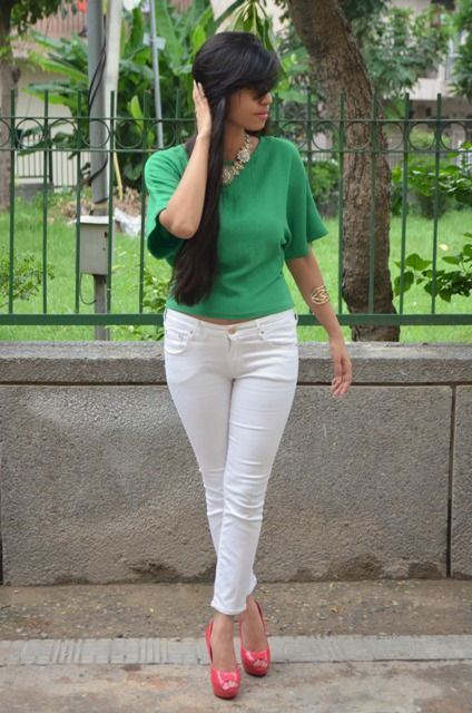 Green top with white pants. | Stylish Outfits | Pinterest | Green ...