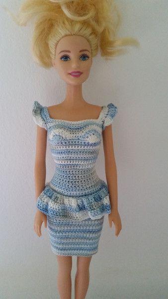 puppenkleidung barbie kleid geh kelt hellblau ein designerst ck von anna tim bei dawanda. Black Bedroom Furniture Sets. Home Design Ideas