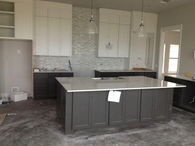 Best White And Gray Kitchen Grey Kitchen Island Grey Kitchen 400 x 300