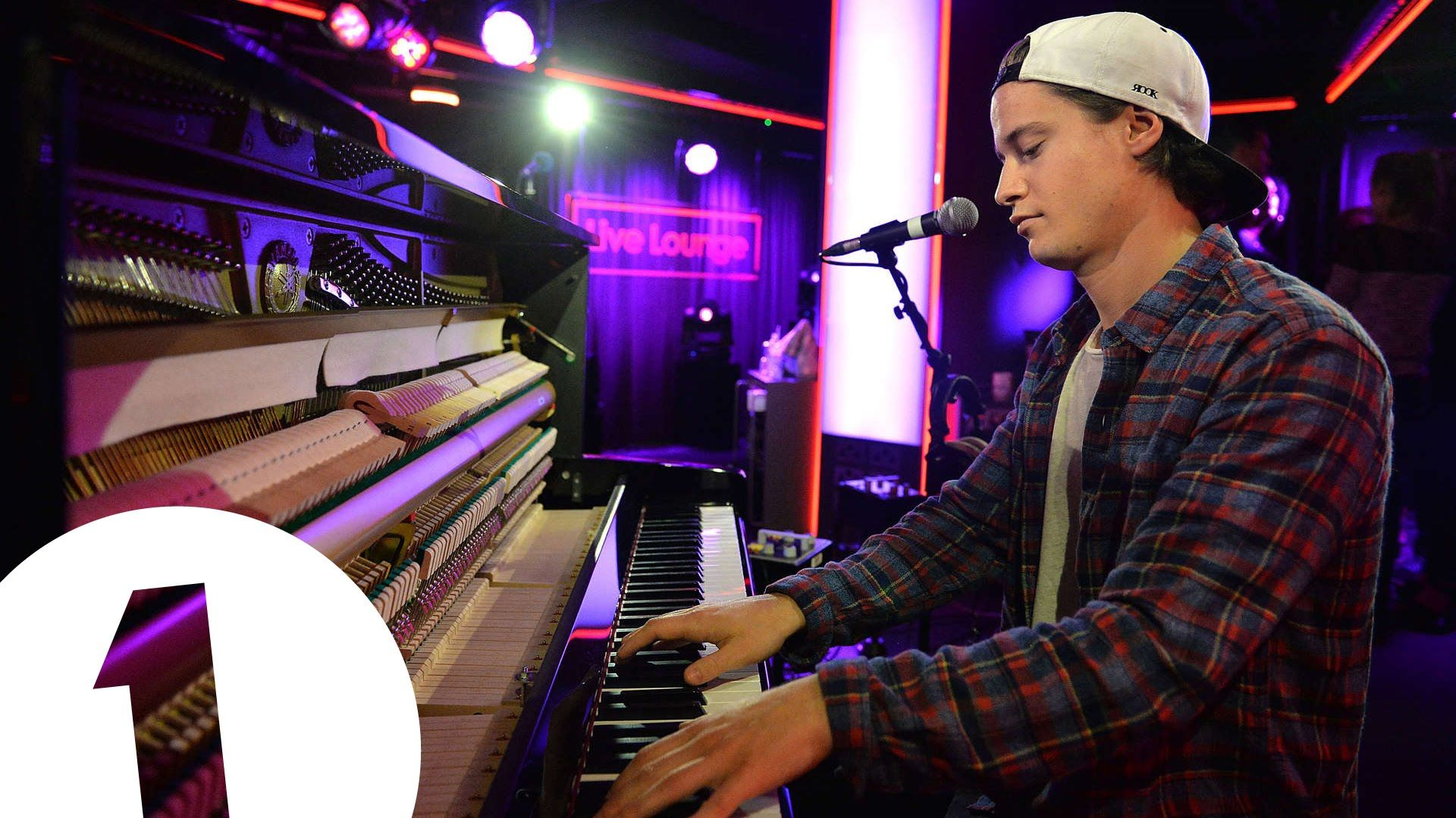 //Kygo & Ella Henderson cover Taylor Swift's Wildest Dreams in the Live Lo...#music #live #cover #lounge