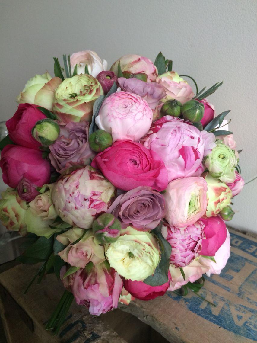 bouquet de mariée, pivoines, roses anciennes. | rose pivoine