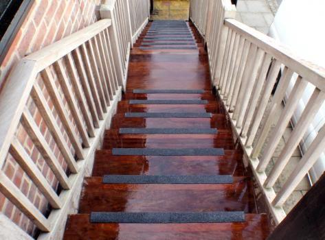 antislip stair nosing nonslip stair nosings safety nosing - Non Slip Stair Treads