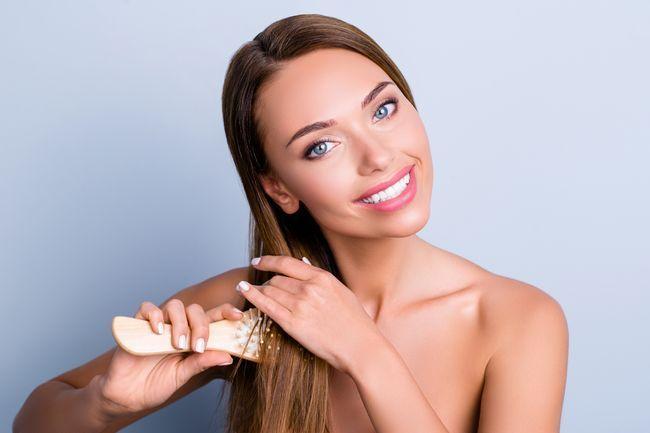 Olio di jojoba: tutti i benefici non solo per la pelle