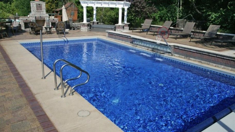 6 Tips for Winterizing Your Pool | Angies List