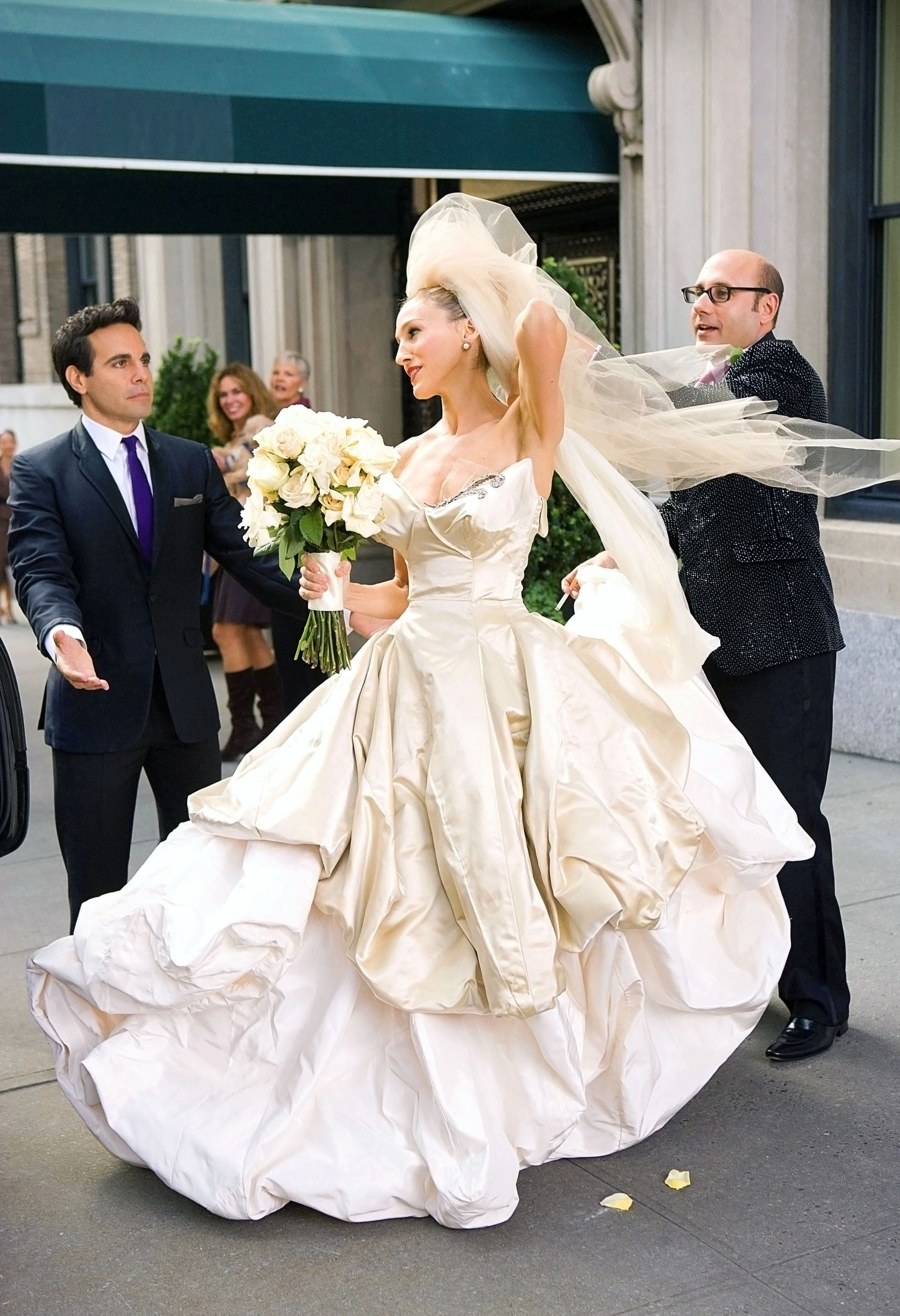 Carrie sex and the city wedding dress