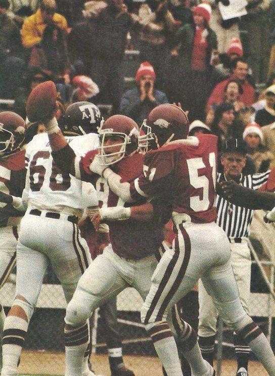 Arkansas Football 1980s Billy Ray Smith Of Arkansas 87 Recovers Fumble V Texas A M 19 Arkansas Razorbacks Football Arkansas Football Arkansas Razorbacks