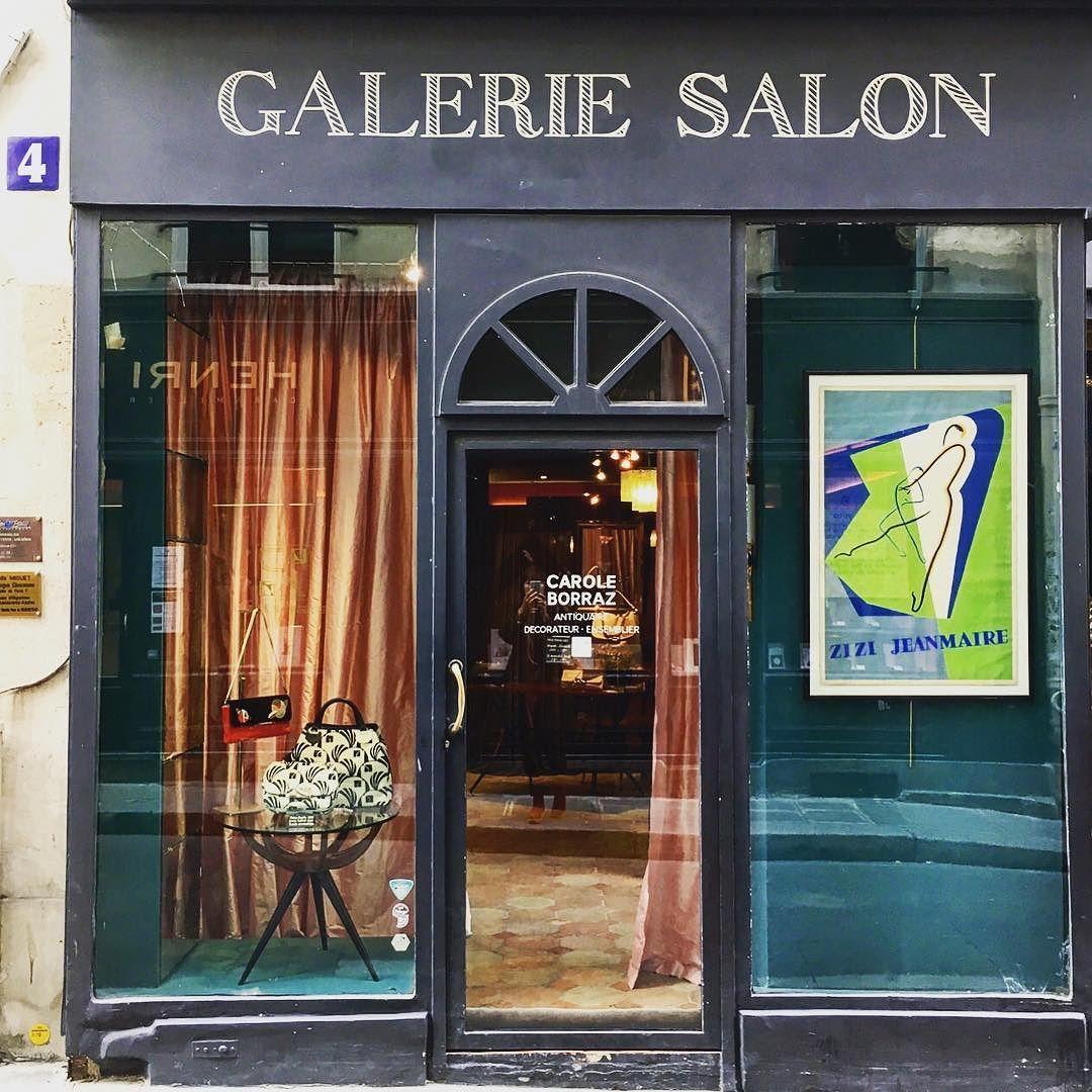 La Boutique Ephemere De La Creatrice Parisienne Chloe Ramseyer Et Ses Sacs Aux Inspirations Art Nouveau Saintgermaind Inspiration Art Air De Paris Art Nouveau