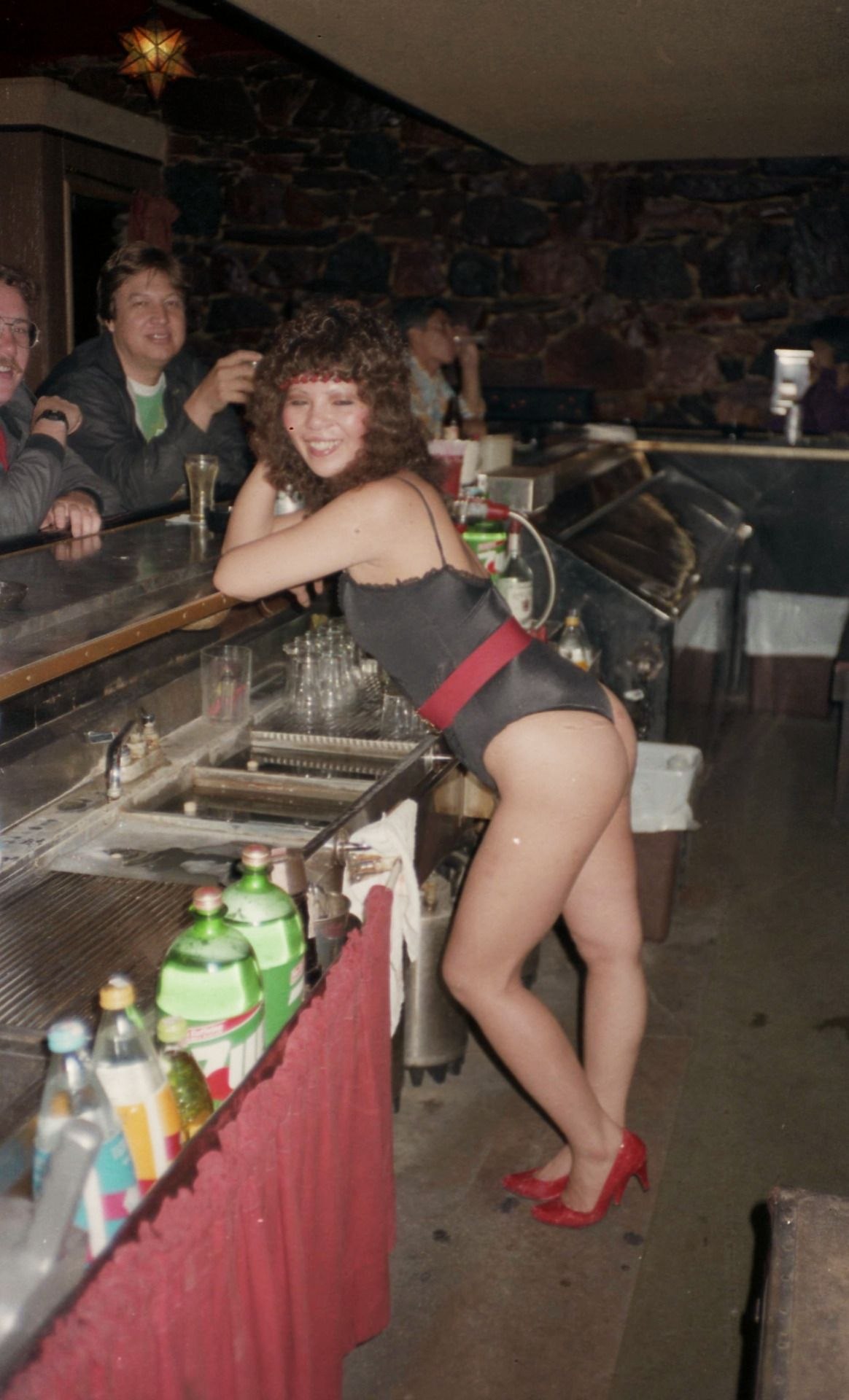 la stripper female