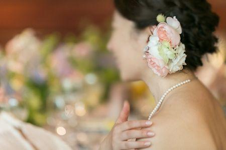 代官山のル・プティ・ブドンさまへ。 昨夏、装花とブーケをお届けしたときの、 花嫁様と花婿様のロケフォトのお写真です。   お二人の笑顔をお見...