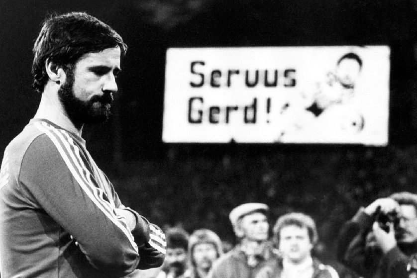 On September 20 1983 At The Olympiastadion In Munchen Gerd Muller Played His Last Football Match A Farewell Game Be German National Team Gerd Muller Bayern