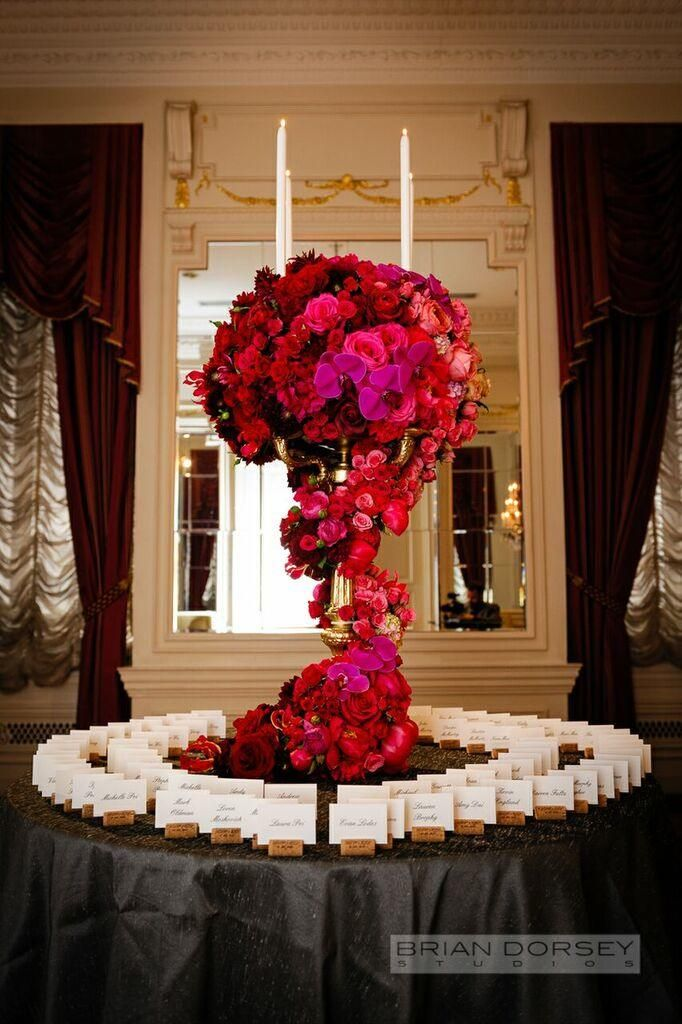 Passion Filled New York Wedding At The St Regis Hotel Modwedding Red Floral Decor Red Centerpieces Low Centerpieces
