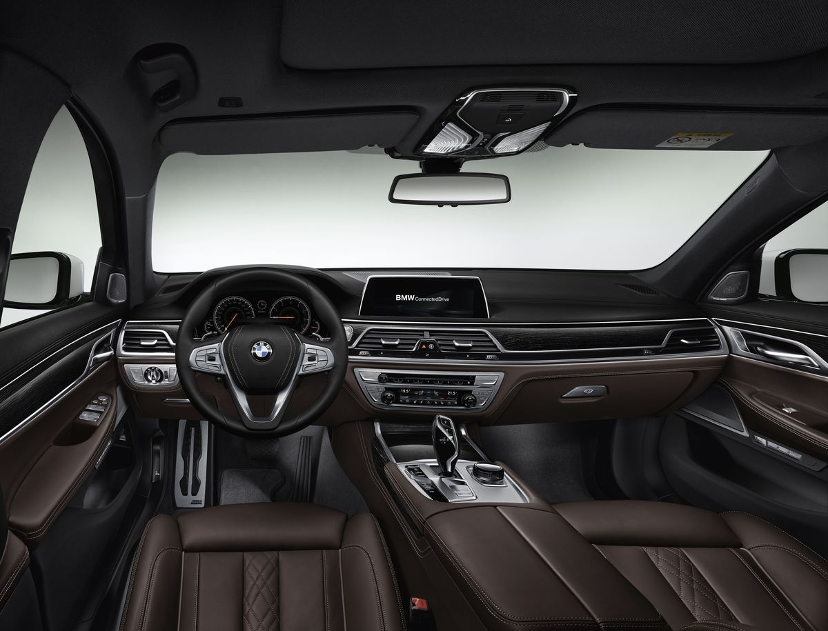 2016 Bmw 7 Series M Sport Package Real Life Photos Bmw 7