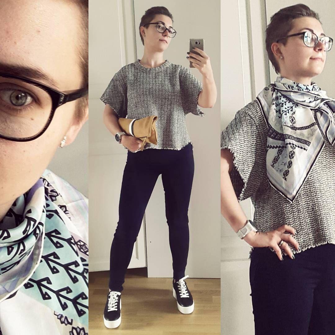 #субботнийлук  #look #lookbook #currentlywearing #skinny #7forallmankind #sweatshirt #iro #sneakers #ash #scarf #passigatti #style #styleiswhat #fashion #streetstyle #outfitpost #lookoftheday #ootd
