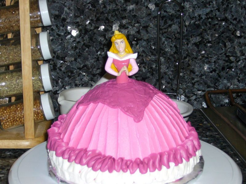 Kids Birthday Cakes Sleeping Beauty Party Gteau Elizabeth 4 ans