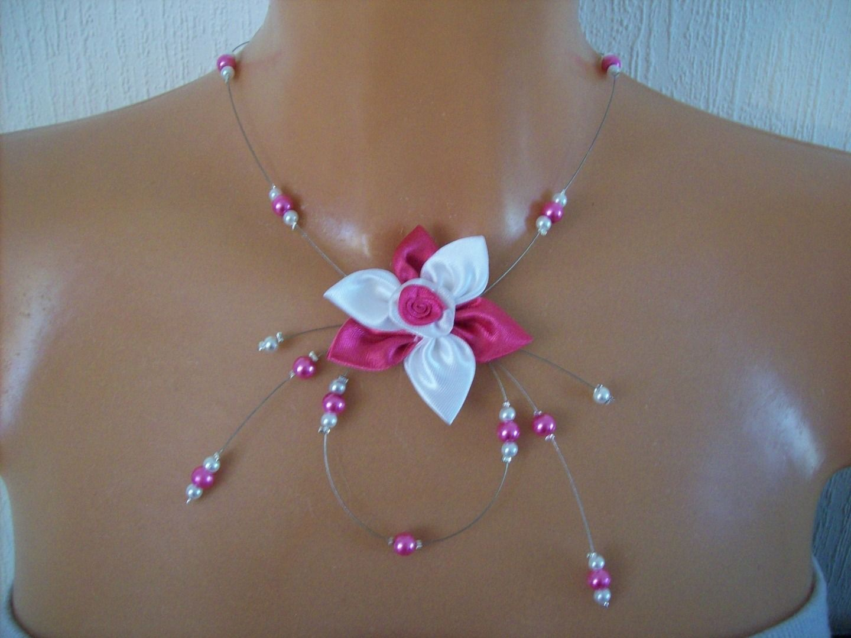 collier perle fushia