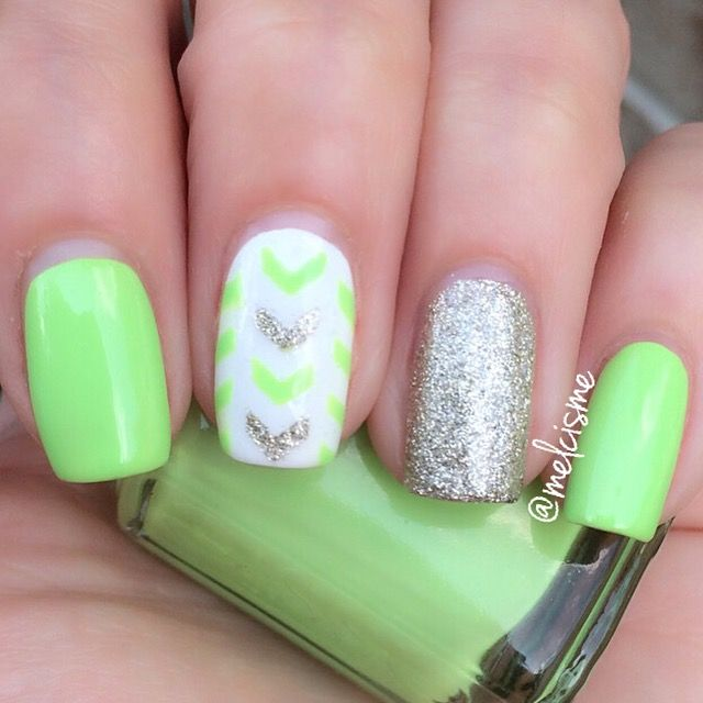 Essie Polish Vibrant Vibes by instagram user Melcisme | Nail Art ...