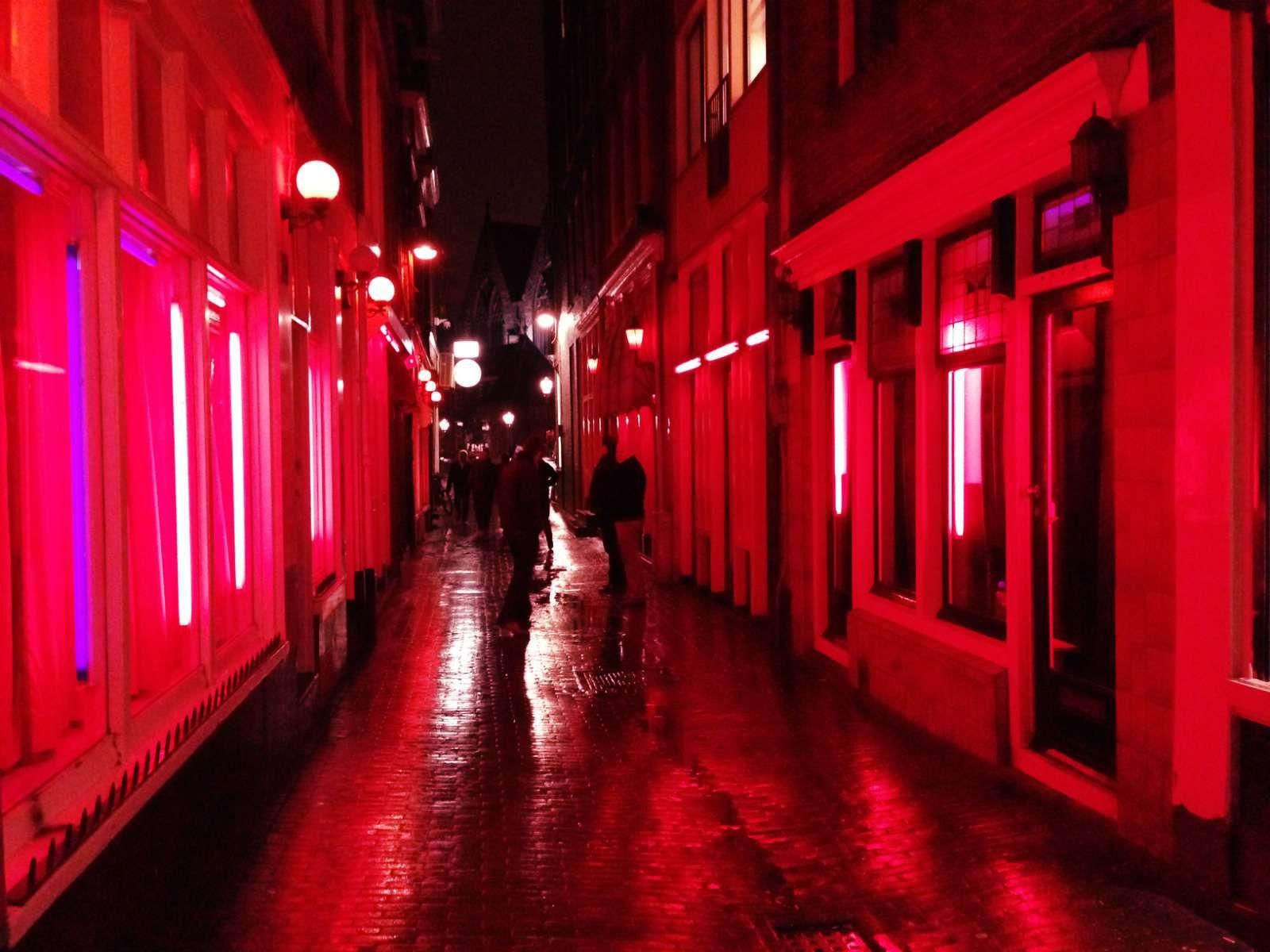 Inside Amsterdam S Red Light District Amsterdam Red Light