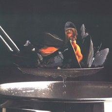 Delia Smith's Mussel and Saffron Soup