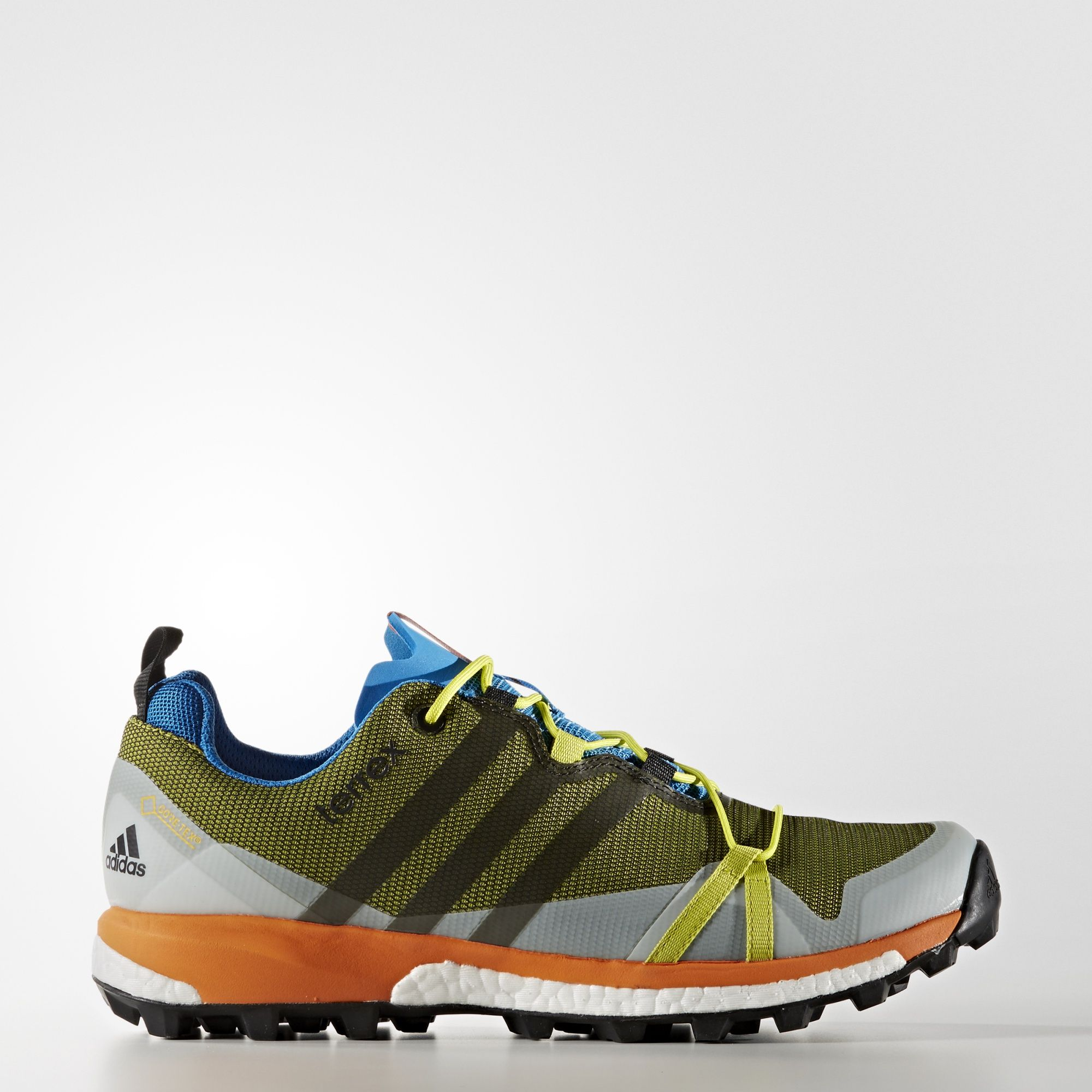 These lightweight men's shoes give you the endless energy return ...